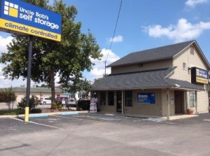 Life Storage - San Antonio - 8025 Culebra Road