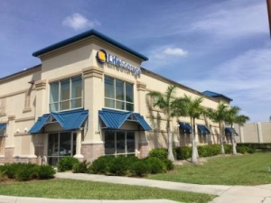 Life Storage - North Fort Myers