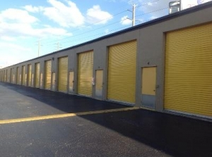 Life Storage - Fort Myers - Industrial Drive