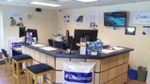Life Storage - Jacksonville - San Jose Boulevard - Photo 2