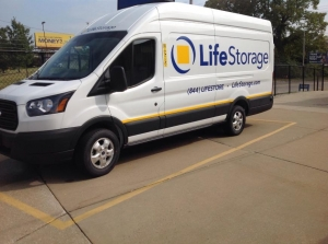 Image of Life Storage - Cleveland - Neff Road Facility on 19200 Neff Rd  in Cleveland, OH - View 3
