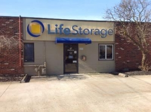 Life Storage - Eastlake