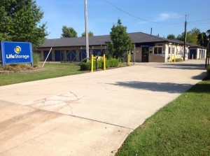 Life Storage - Mentor Facility at  8650 East Ave, Mentor, OH