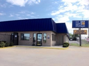Life Storage - San Antonio - 9665 Marbach Road