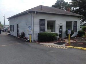 Uncle Bob's Self Storage - Chesapeake - S Battlefield Blvd