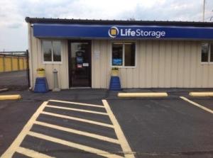 Life Storage - Avon