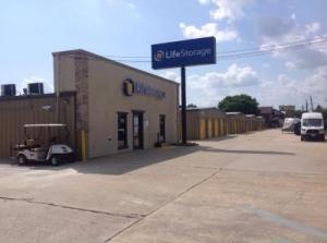 Life Storage - Baton Rouge - 11670 Airline Highway