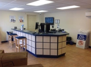 Life Storage - Baton Rouge - 11670 Airline Highway - Photo 2
