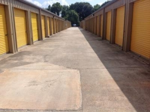 Life Storage - Baton Rouge - 11670 Airline Highway - Photo 5