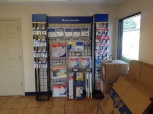 Life Storage - Tampa - East Hillsborough Avenue - Photo 7