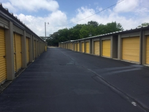 Image of Life Storage - Chattanooga - Highway 58 Facility on 4429 Highway 58  in Chattanooga, TN - View 4