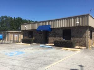 Life Storage - Birmingham - Walt Drive Facility at  6604 Walt Dr, Birmingham, AL