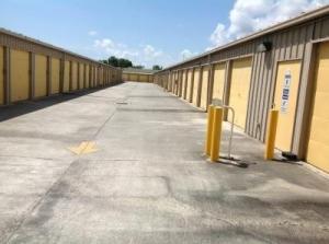 Image of Life Storage - Vero Beach - 10th Avenue Facility on 1655 10th Ave  in Vero Beach, FL - View 3