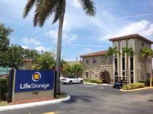 Life Storage - Hollywood - North 21st Avenue
