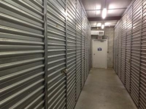 Life Storage - Hollywood - North 21st Avenue - Photo 7