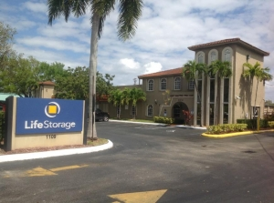 Image of Life Storage - Hollywood - North 21st Avenue Facility at 1109 N 21st Ave  Hollywood, FL