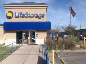 Life Storage - San Marcos - 1620 IH-35 South Facility at  1620 Ih-35 S, San Marcos, TX