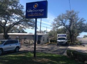 Life Storage - Austin - McNeil Drive