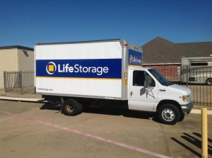Image of Life Storage - North Richland Hills Facility on 5575 Davis Blvd  in North Richland Hills, TX - View 2