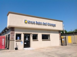 Uncle Bob's Self Storage - Lafayette - Ambassador Caffery Pky
