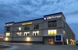 Life Storage - Lafayette - Ambassador Caffery Parkway - Photo 1