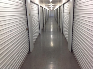 Image of Life Storage - Glendale - 59th Avenue Facility on 13902 N 59th Ave  in Glendale, AZ - View 4