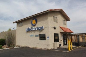 Life Storage - Mesa - East Baseline Road