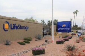 Life Storage - Mesa - North Greenfield Road