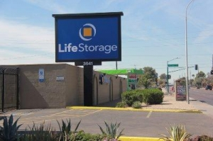 Life Storage - Phoenix - West Camelback Road