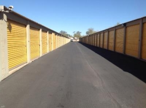 Life Storage - Phoenix - East Bell Road - Photo 2