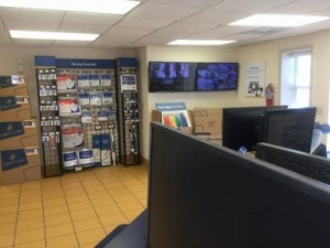 Life Storage - Bessemer - Photo 6