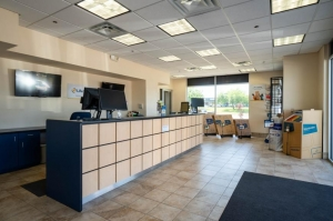 Image of Life Storage - Austin - North Lamar Boulevard Facility on 8227 N Lamar Blvd  in Austin, TX - View 2