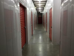View Larger Life Storage   Lehigh Acres   Photo 3