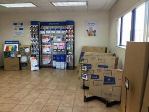 View Larger Life Storage   Lehigh Acres   Photo 8