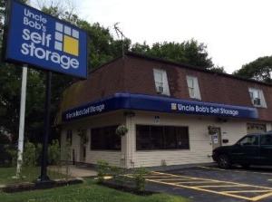 Uncle Bob's Self Storage - Dracut