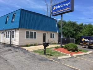 Life Storage - Methuen Facility at  114 Pleasant Valley St, Methuen, MA