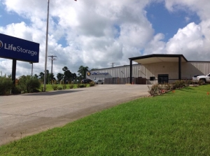 Life Storage - Montgomery - Highway 105 West Facility at  15261 Highway 105 W, Montgomery, TX