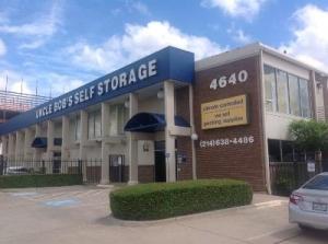 Life Storage - Dallas - Harry Hines Blvd