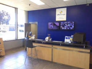 Image of Life Storage - Springfield Facility on 40 Congress St  in Springfield, MA - View 2