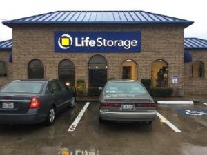 Life Storage - Houston - 9145 Jones Rd