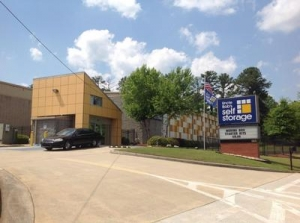 Uncle Bob's Self Storage - Marietta - Austell Rd