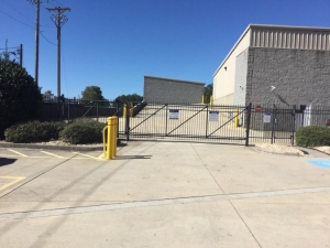 Image of Life Storage - Marietta - Austell Road Facility on 3150 Austell Rd SW  in Marietta, GA - View 2