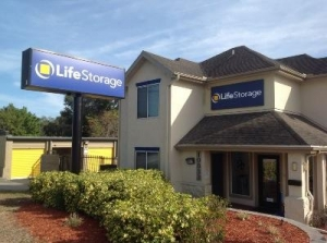 Life Storage - Largo - 10833 Seminole Boulevard