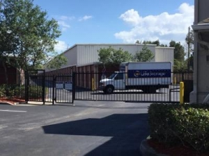 Life Storage - Pinellas Park - Photo 8
