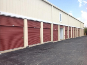 Image of Life Storage - St. Louis - Manchester Avenue Facility on 6557 Manchester Ave  in St Louis, MO - View 3