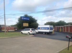 Life Storage - Fort Worth - Granbury Road