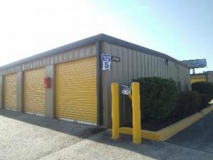 Life Storage - Lafayette - 2860 Northeast Evangeline Thruway