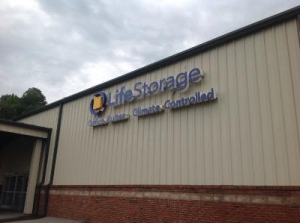 Life Storage - Columbus - Williams Road - Photo 5