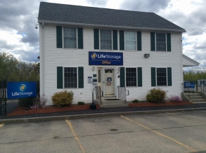 Image of Life Storage - Concord Facility at 11 Integra Dr  Concord, NH