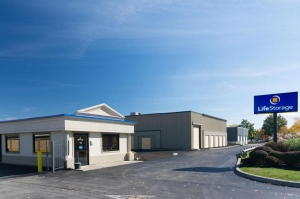 Life Storage - Tonawanda Facility at  521 Young St, Tonawanda, NY